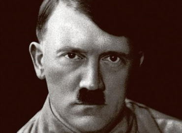 Hitler. Kun hele verden var nok