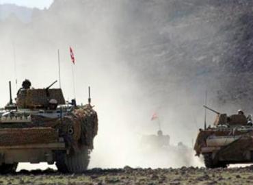 Global militær aktivisme eller fortsættelse af eksistensforsvar?